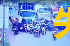 越南重大交通事故 卡车碾压50辆摩托车