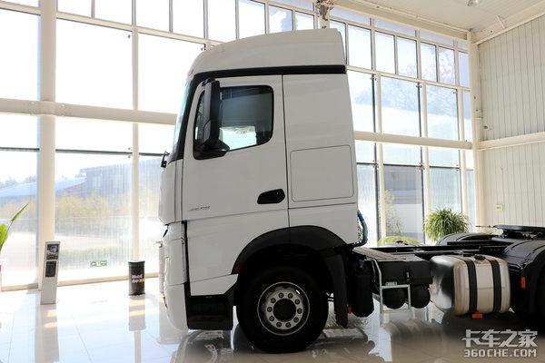 卡车新体验(12)6x4驱动疾驰NewActros