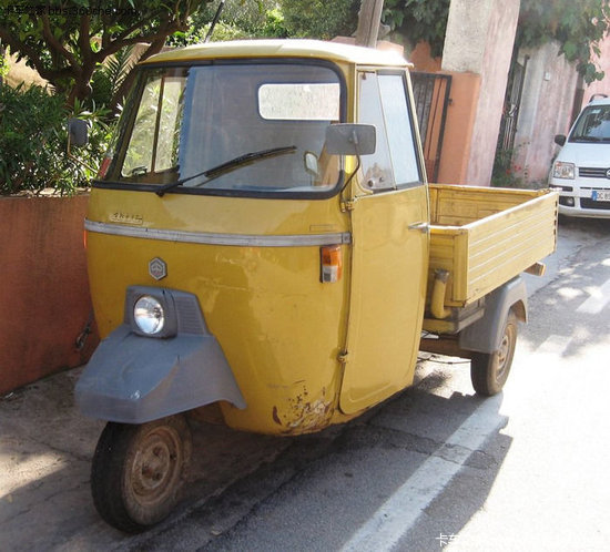 三轮车发动机的结构_追忆经典 那些我们曾追过的70年代卡车_卡车之家