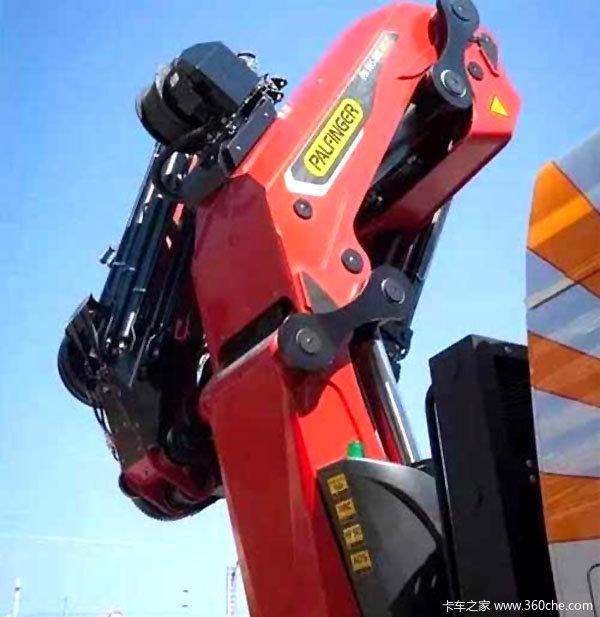125吨·米三一帕尔菲格展示新款随车吊