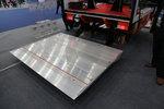 武汉车展:凯卓立推新型铝合金液压尾板