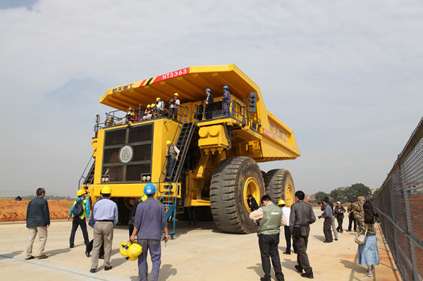 全球载重最大!两轴电动轮矿用自卸车