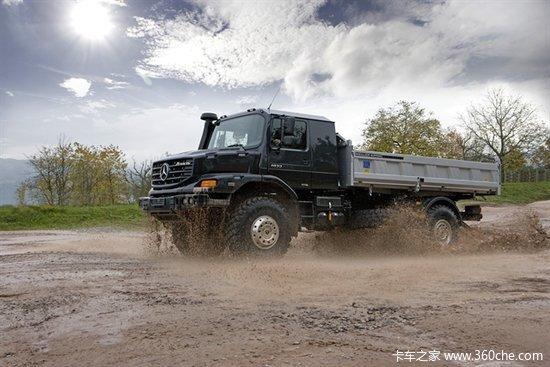 实拍奔驰Zetros军卡车