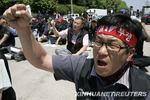 要求改善工作环境 韩卡车工人举行罢工