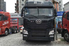 优惠1.3万元 重庆J6H460马力牵引车促销