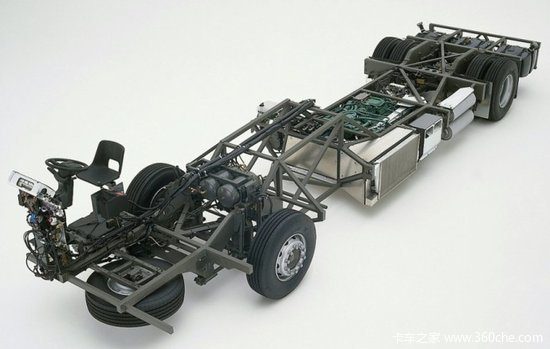 B12M中置发动机底盘