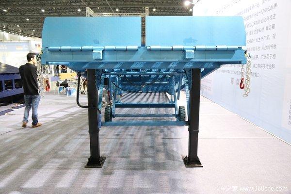 装卸神器高度可调叉车可直接开进货箱
