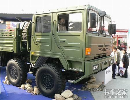 军用卡车服务国庆阅兵
