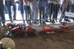 增加松软地面赛项 拖拉机RC模型牵引赛