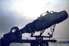 卡车上装米格15战机 加一双机翼能飞吗?