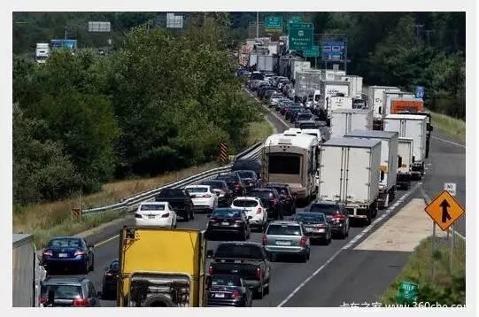平均年薪40万美国卡车司机工资太诱人!