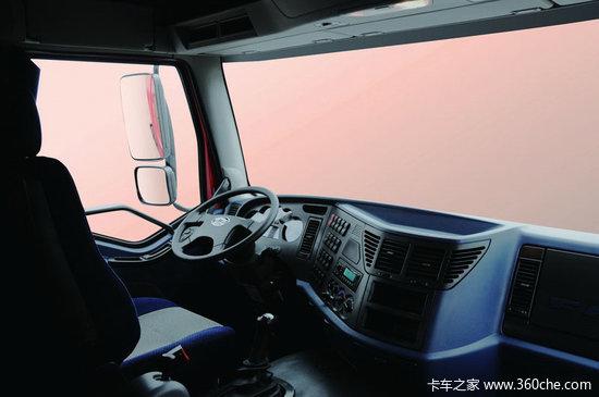 解放J6P6x4牵引车介绍