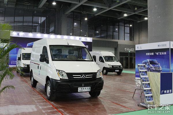 上汽在英国买来的Van 大通EV80回到欧洲