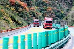 卡车就在画中游 定州到成都轿运长途行