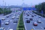 深圳107国道治超速 不想被罚时速别超60