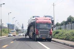 超标轿运车大限将至 7月1日起禁上高速
