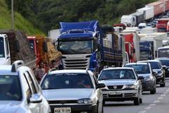 巴西卡车司机大罢工进展:调降柴油价格