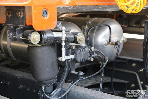 6项提升66项升级轻度试驾2018款乘龙H7
