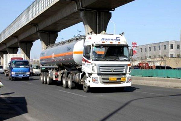 天津:满载4.1万吨柴油的轮船首次出口澳大利亚