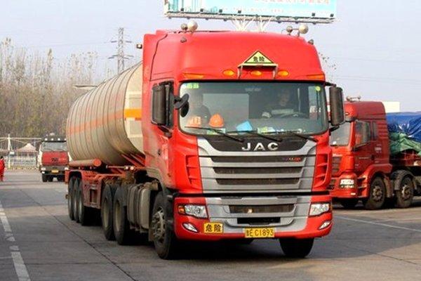 广西:高速限时禁行危险化学品运输车7月1日期实施