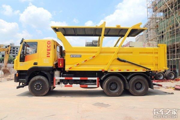 两种新型渣土车货箱盖板这些优缺点你们都知道吗?