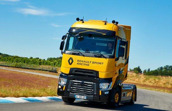 2018汉诺威:雷诺7款卡车参展包含2款电动车+1款限量版赛车!