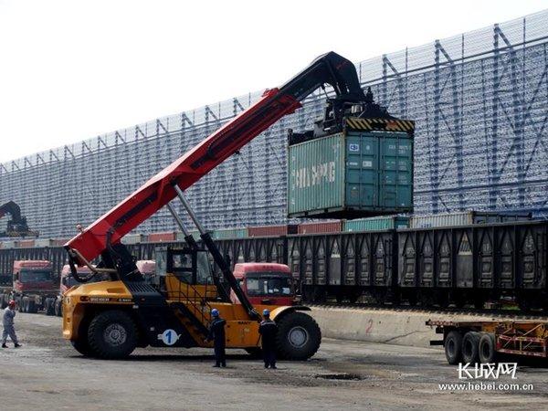 """推进""""公转铁""""黄骅港铁路建设即将进入高潮期"""
