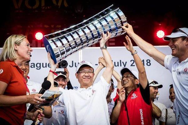 """征服""""海上马拉松""""、第一次夺取冠军的这支中国队伍,他叫""""东风"""""""