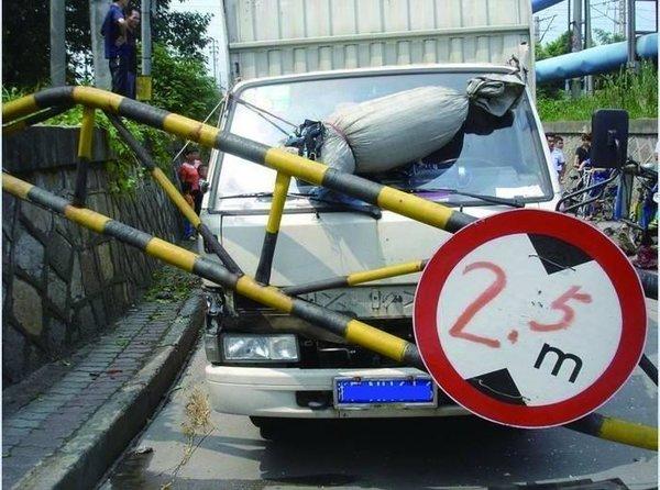 高速公路将会对货车限高?从法规上看确实有可能