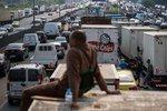 巴西采取跨州行动打击货车抢劫团伙