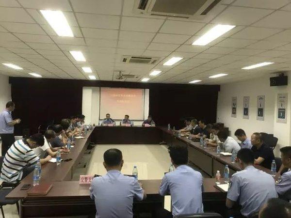 上海公安调研大型货运车辆精细化管理