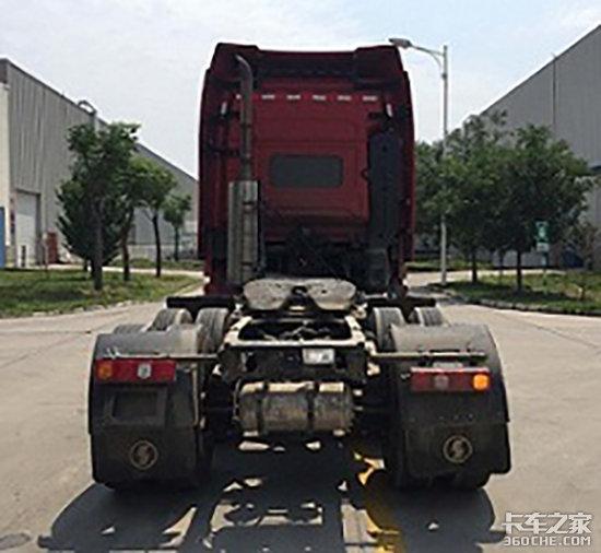 搭载ISX15升动力陕汽X3000牵引上公告
