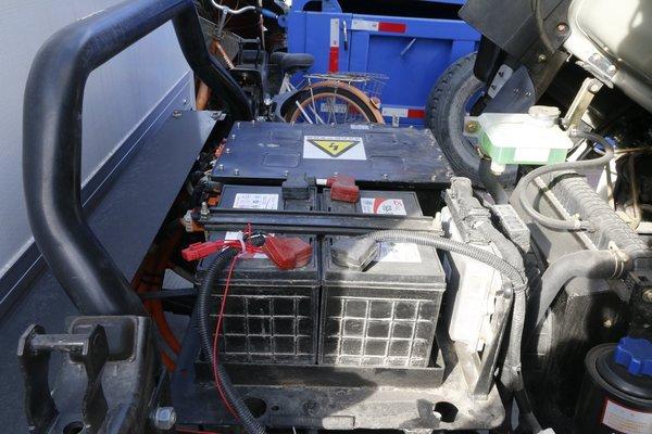 废旧铅酸电池流入黑市 加剧重金属污染