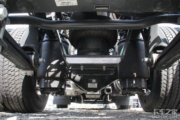 7米中卡配350马力发动机沃尔沃FE:你让国产前四后八怎么看?