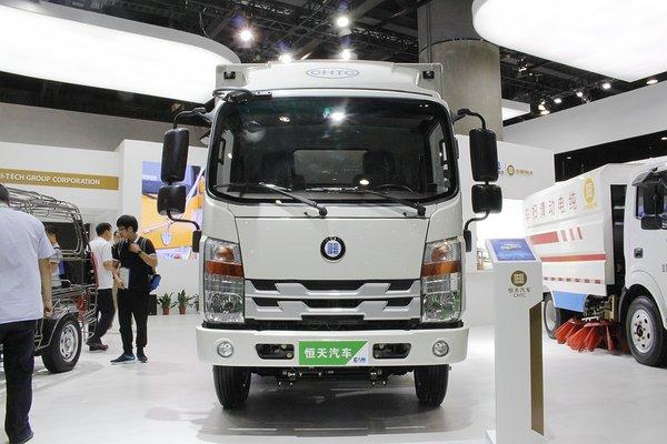 广州新能源车展:新楚风纯电动轻卡亮相