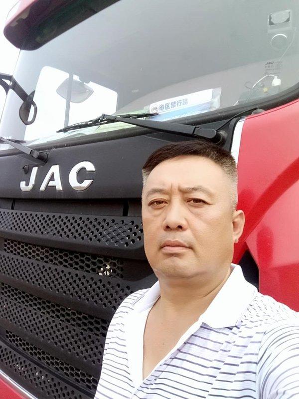 季传富:30年老司机爱上格尔发四缸载货车