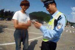 交警拦下货车检查 发现驾驶司机仅15岁