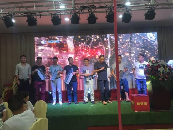 江淮重卡锡柴奥威国五产品推介会在安徽滁州定远顺利召开