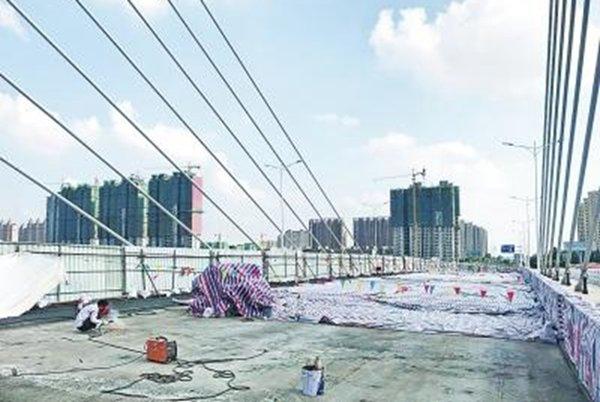 郑州贾鲁河大桥通车四个月就破损?超限车辆频繁驶入是主因