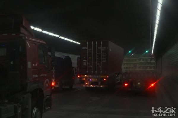提箱难,无数上海集卡司机的心头之痛
