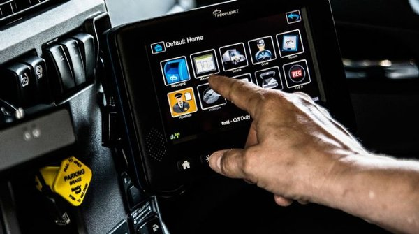 卡车安装智能连网系统化身移动数据中心
