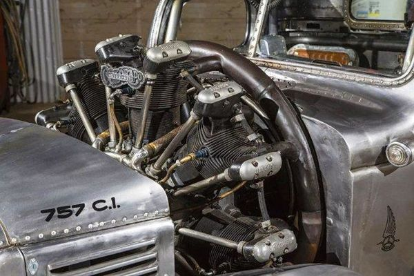 卡车装飞机引擎,这些老外是真得会玩