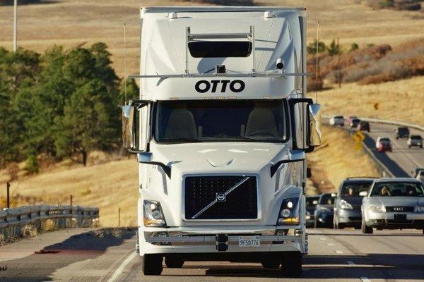 在2028年前自动驾驶卡车不可能大规模取代卡车司机