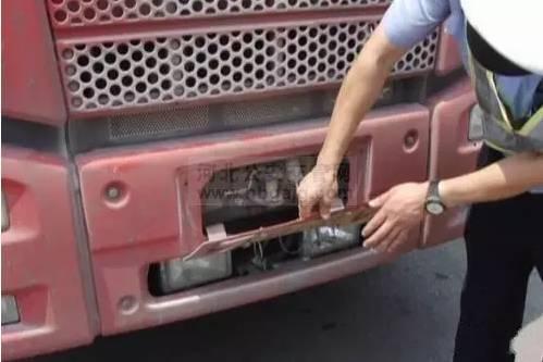 19名货车司机被扣354分!只因做了这个动作...