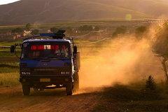 父亲与卡车:从土路到高速 方知祖国强