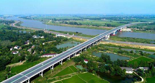 安徽:合铜公路庐江段将实行分车型限速,重型车限60km/h