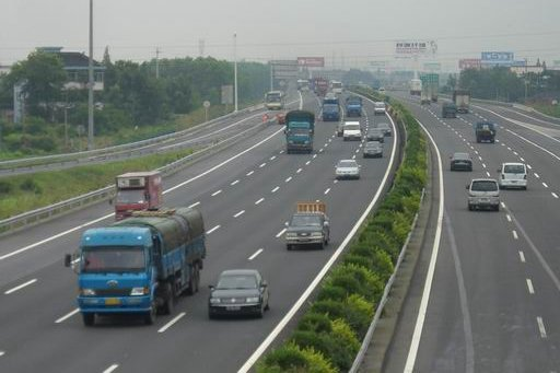 沪杭甬高速要升级收费站消失、有实时导航、给无人驾驶留通道
