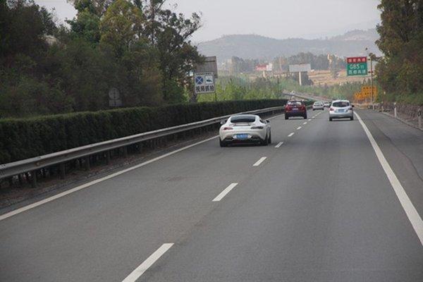 8月25日起东莞虎门大桥对部分货车限行,可采取绕行方案