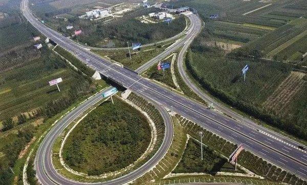 2017年全国收费公路统计公报:中国高速公路已达13.26万公里!