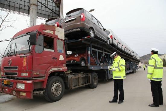 惊了!河北省8个月查处违法货运车辆5.68万辆